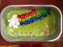 st patricks day sensory bin craft