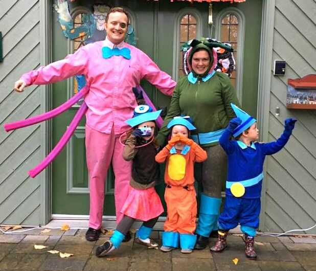 family group five halloween costumes octonauts