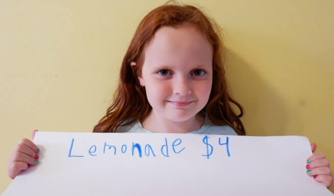 Teaching Young Kids entrepreneurship growth mindset stem moncton workshop lemonade