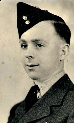 world war II veteran service remembrance day