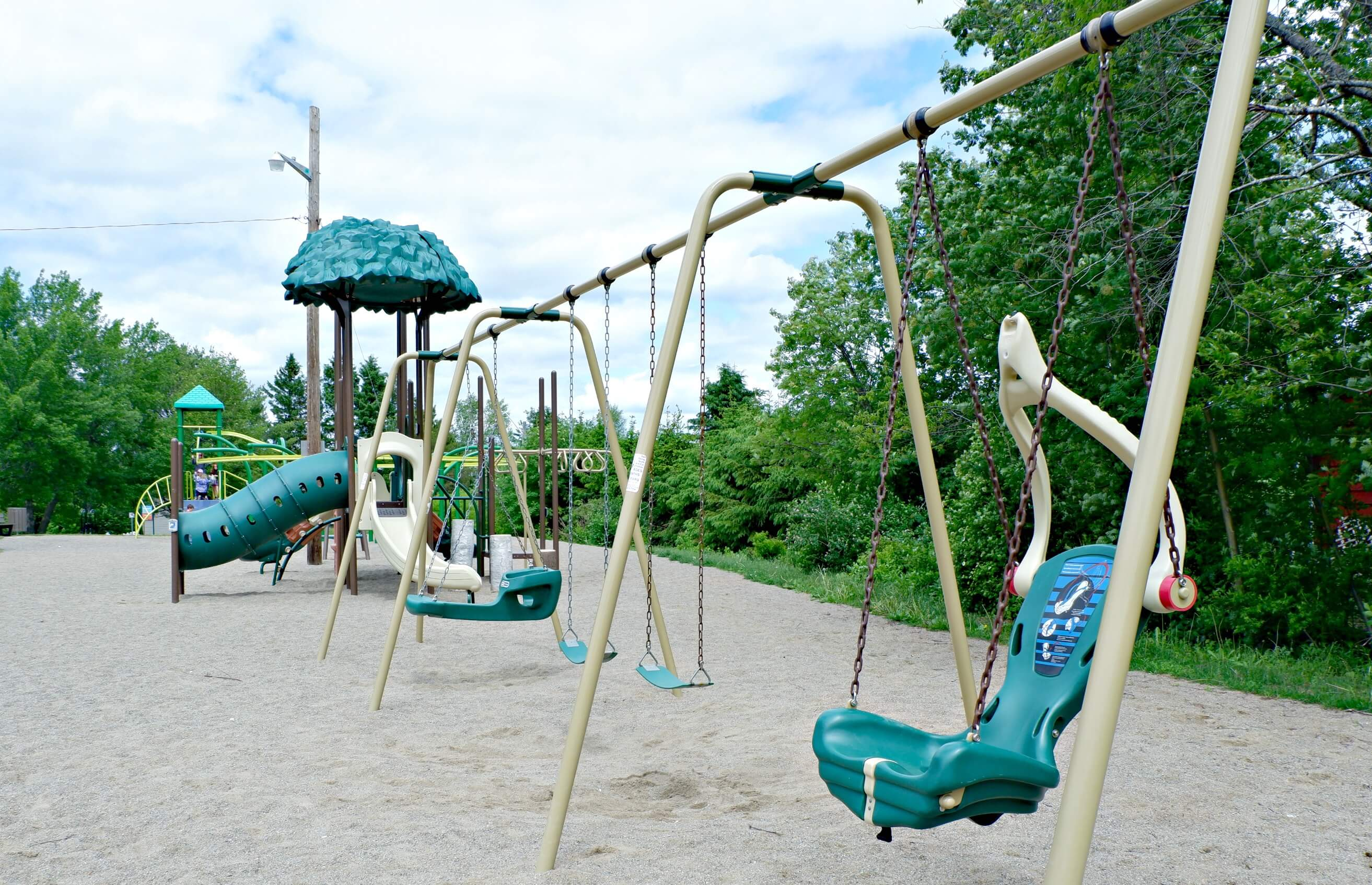 bridgedale playground riverview moncton dieppe best park play space pickle planet accessible swings