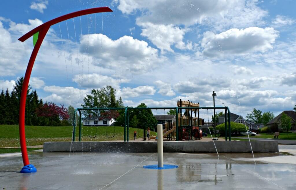 grove hamlet moncton riverview dieppe best park playground pickle planet splash pad