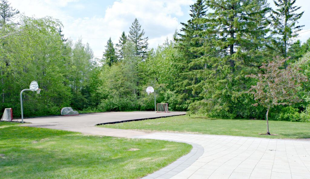grove hamlet moncton riverview dieppe best playground park pickle planet rink basketball