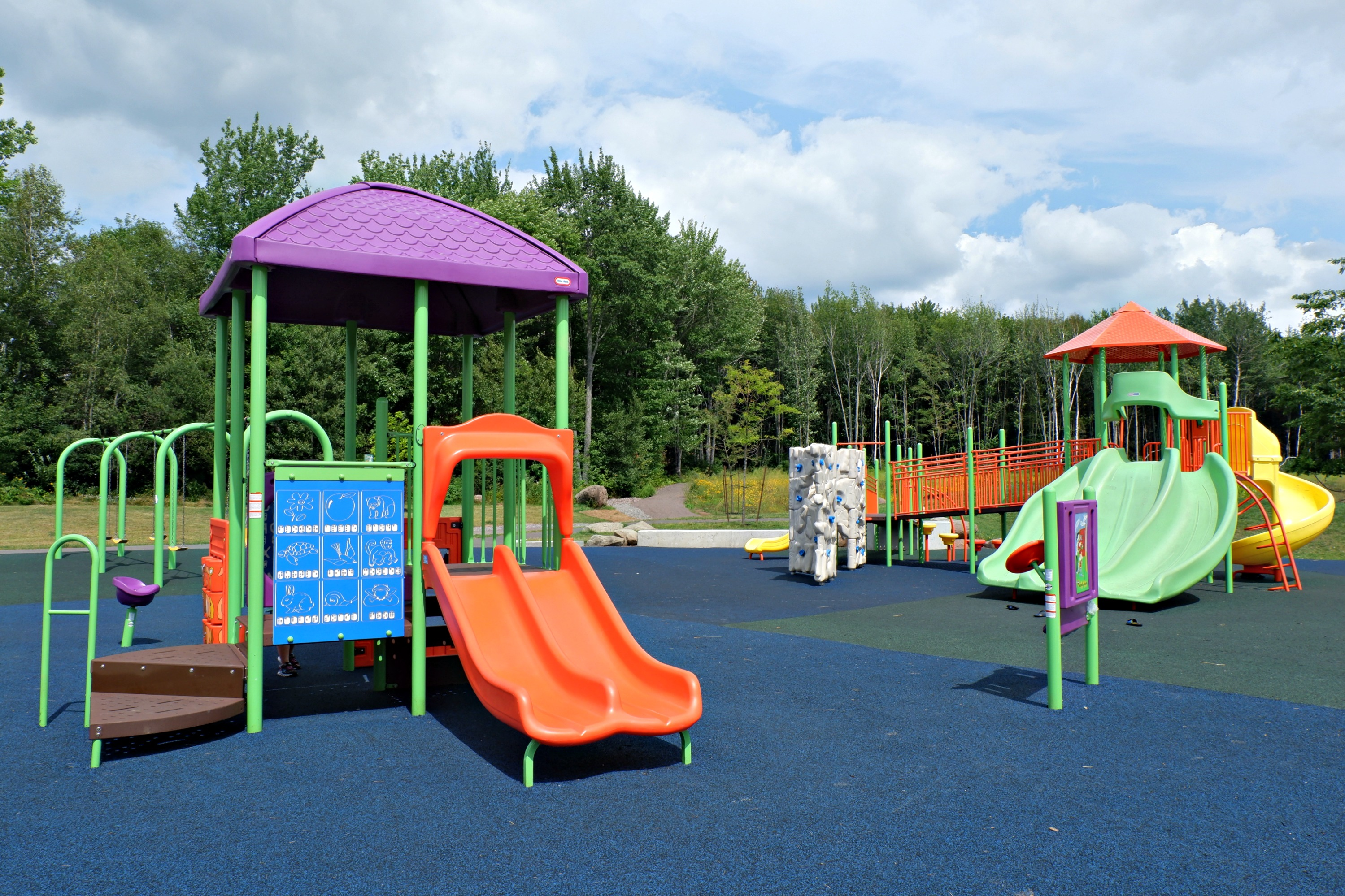 fairview knoll playground park moncton splash pad pickle planet near highway trans canada new brunswick play structures