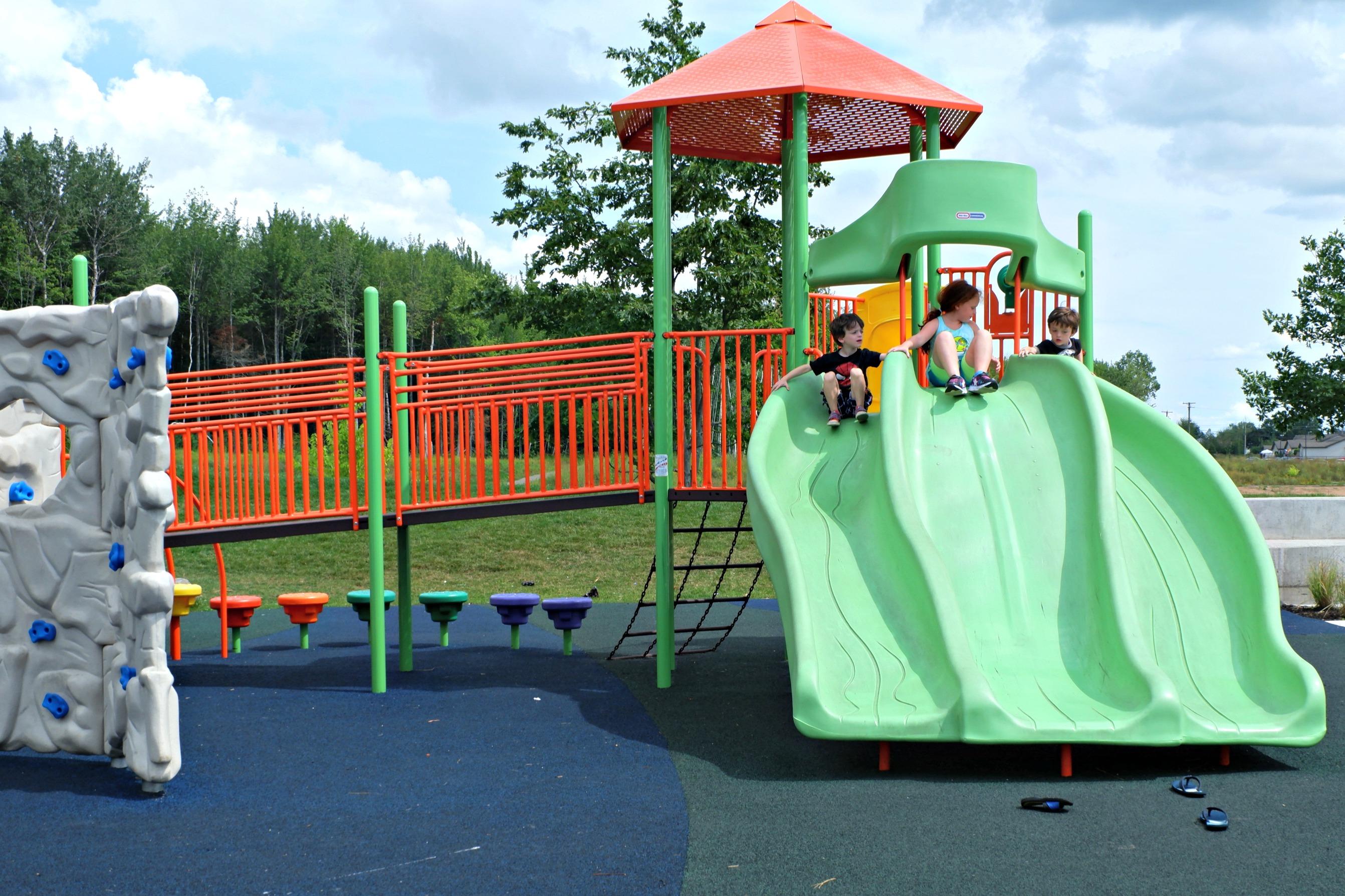 fairview knoll playground park moncton splash pad pickle planet near highway triple slide