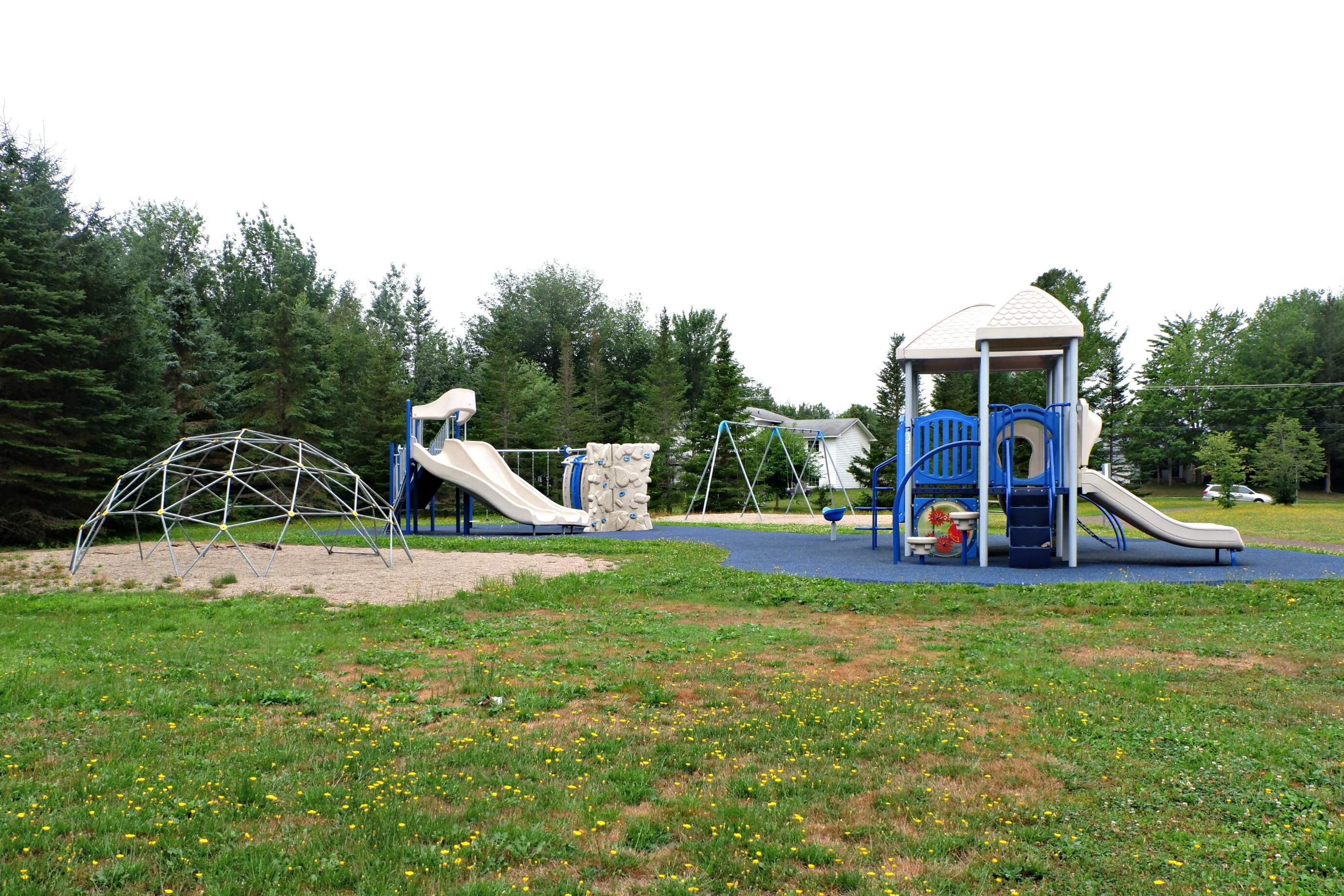 best park playground dieppe riverview moncton rue isabelle centrale pickle planet fun