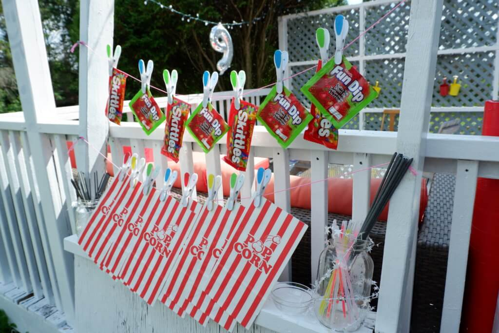 Backyard Movie Birthday Party Rental Ideas Moncton Pickle Planet Confetti Fizz Dieppe Riverview New Brunswick diy treat stand